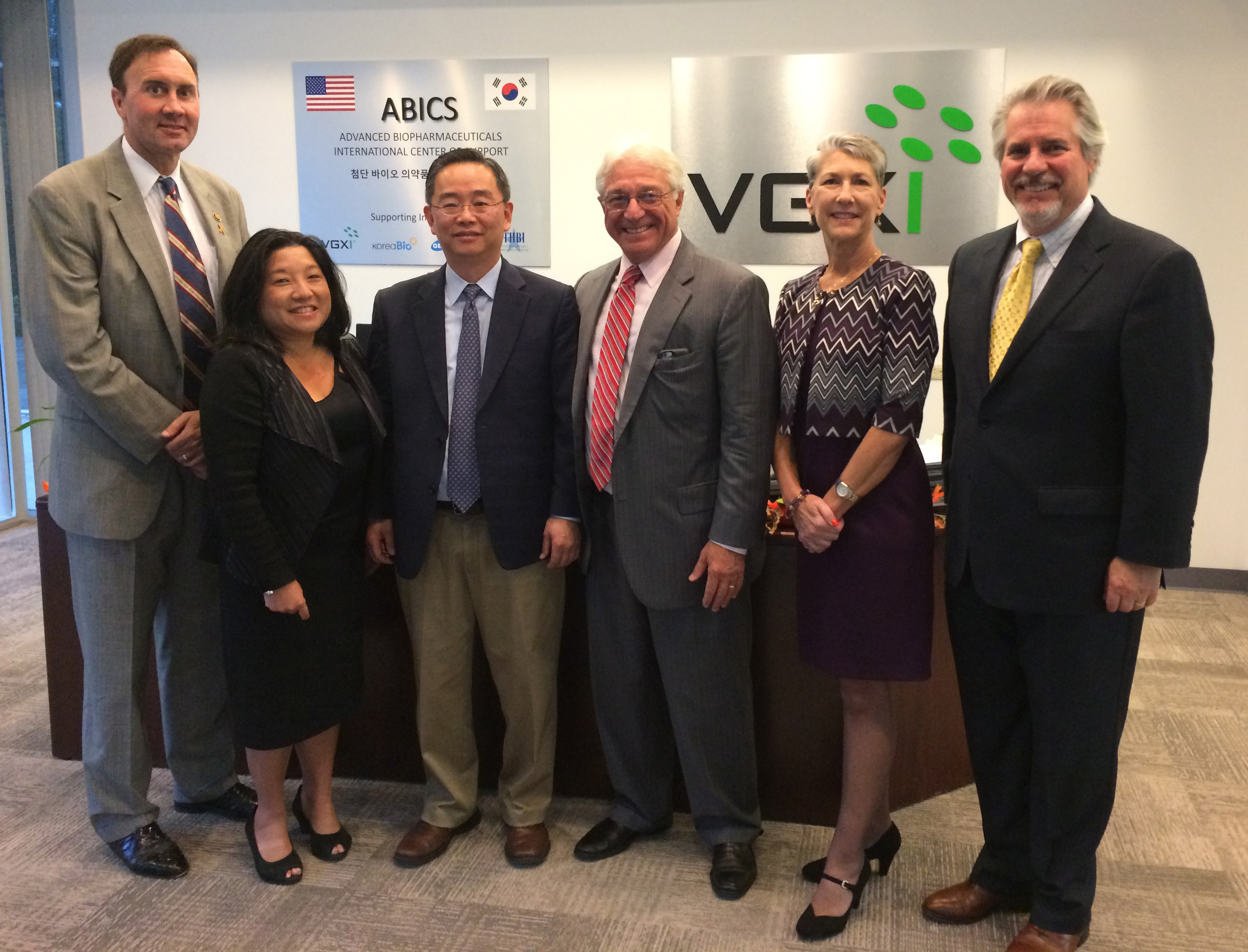 VGXI Hosts Roundtable Discussion with Congressman Olson